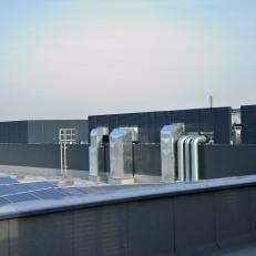 Ściany lamelowe z żaluzją CzS-A / H=2100 / szerokość modułów od 900 do 2400mm / lakierowane proszkowo RAL 7016 / aluminium